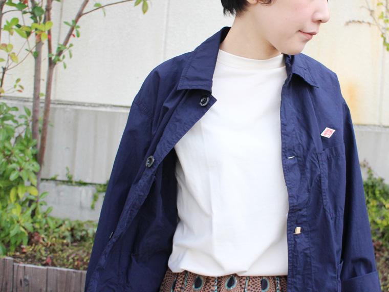 シャツジャケットでこなれ感をプラス!個性派スカートスタイル