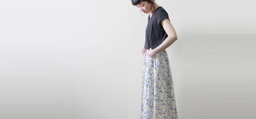 ふわふわ天竺フレンチTシャツ × リバティプリント ギャザースカート
